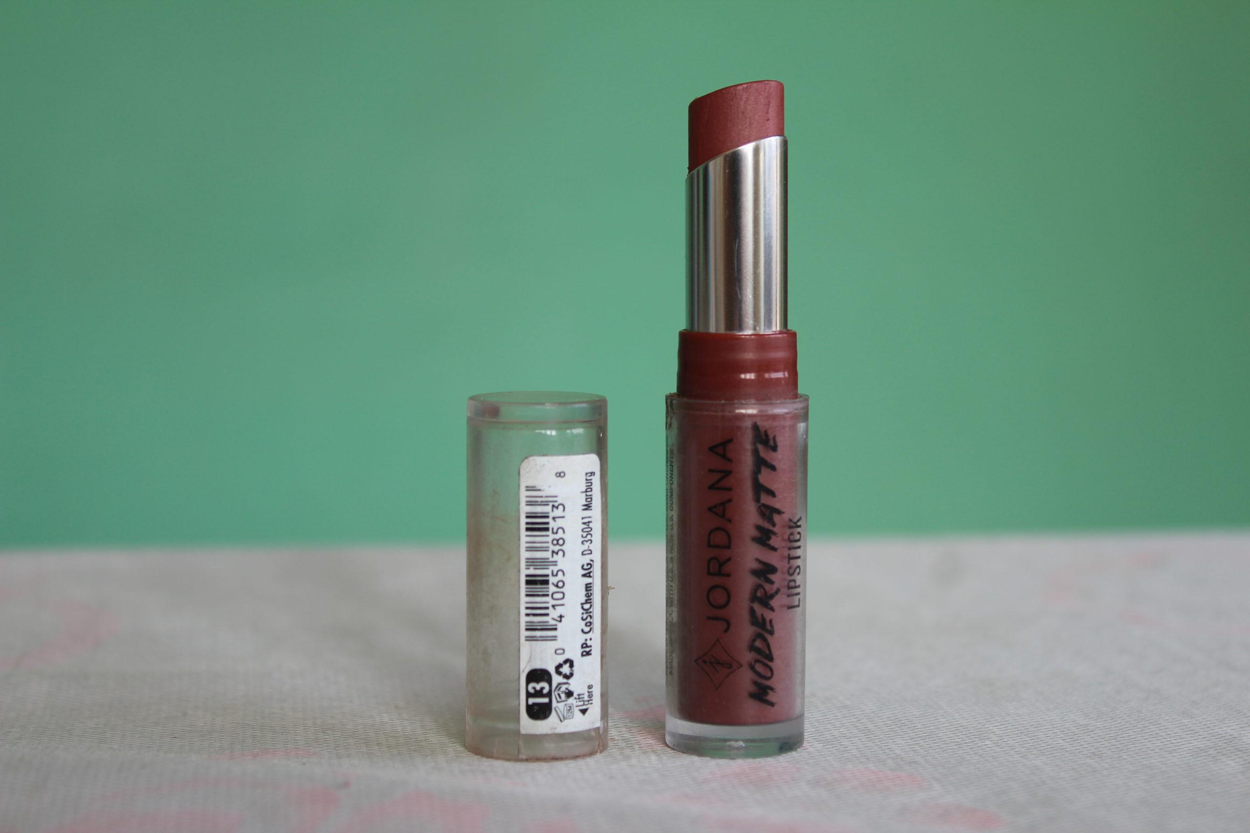 Read more about the article Jordana Modern Matte Lipstick