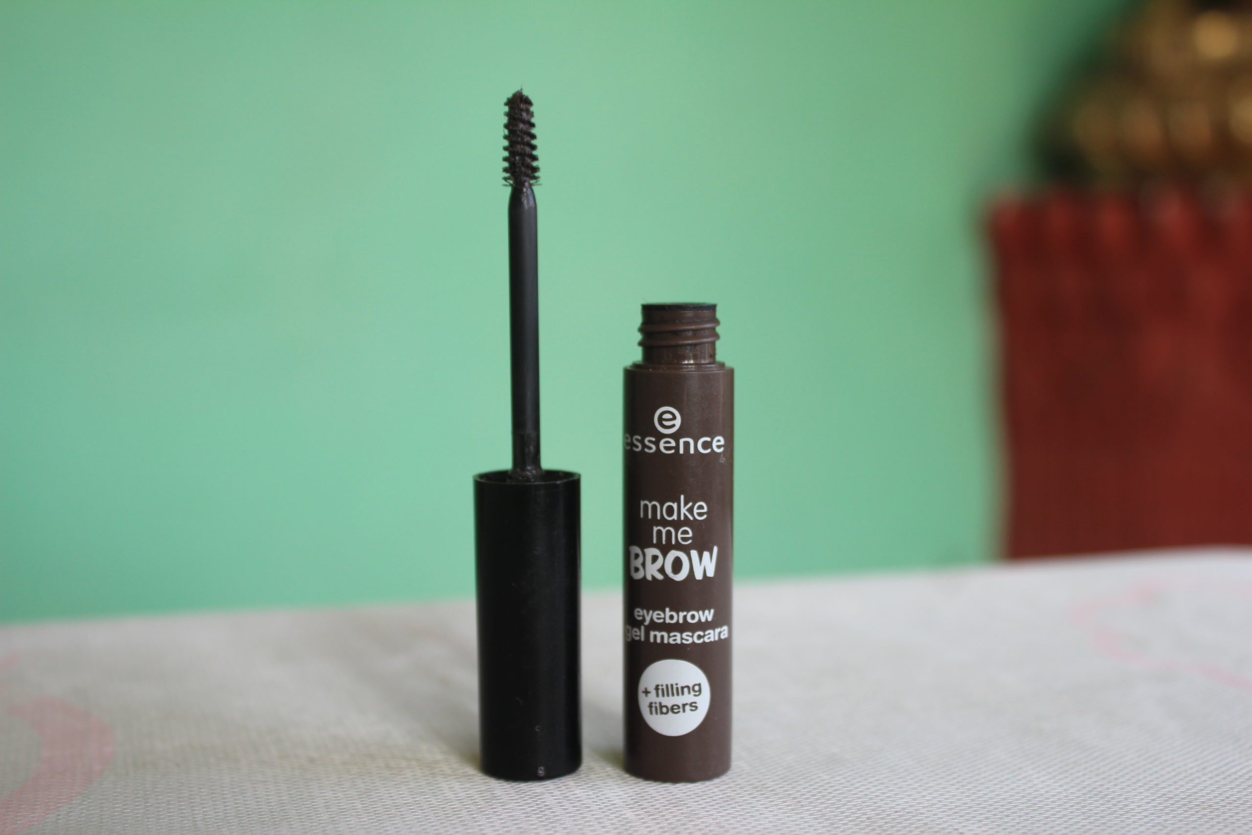 Read more about the article Essence Make Me Brow Eyebrow Gel Mascara
